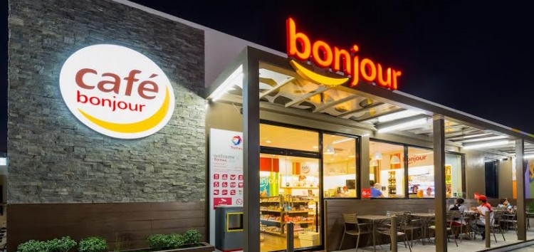 Improved TOTAL Bonjour Stores now ready to serve commuters