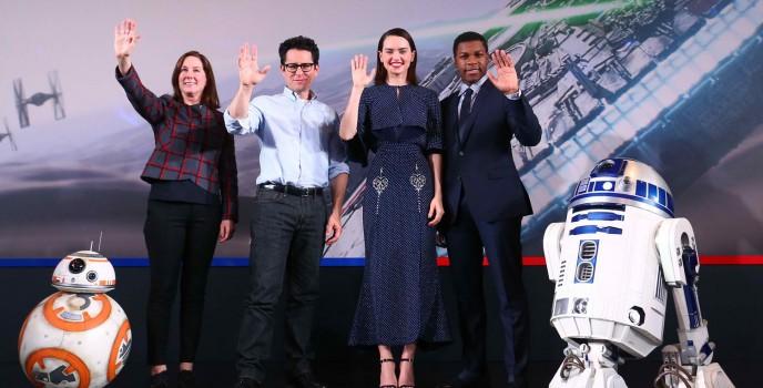 """Star Wars: The Force Awakens"" returns to all cinemas starting Jan 8"