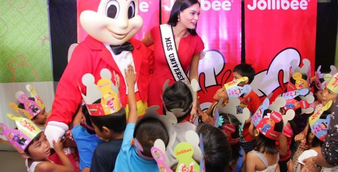 Miss Universe shares the 'taste of joy' with kids in Jollibee