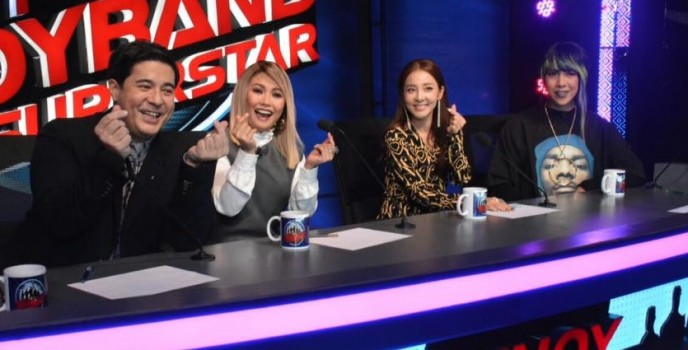 "LOOK: Sandara, Yeng, Vice and Aga at the ""Pinoy Boyband Superstar"" judges' table"