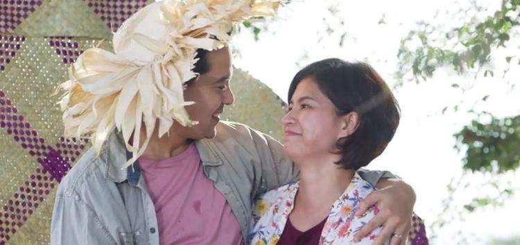 Lia and Mateo's immortal love story continue in La Luna Sangre