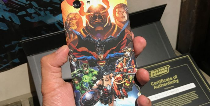Unleashed the Justice League fan in you with the limited edition handsets powered by Smart