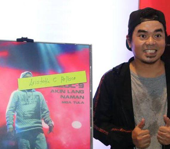"""GLOC-9 awe-inspires in poem collection """"Akin Lang Naman"""""""