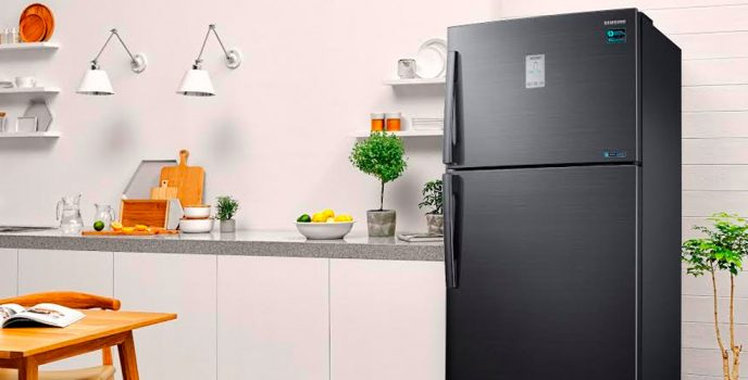 Samsung Twin Cooling Refrigerator promotes healthy eating as it keeps everything fresh